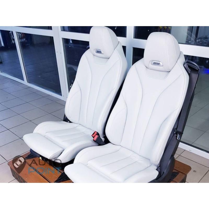 BMW4 M4 M-paket - передние сиденья
