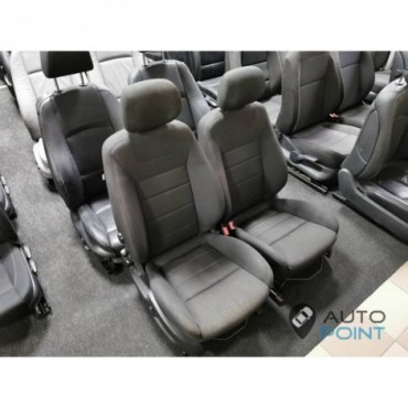 Ford Focus - передние сиденья
