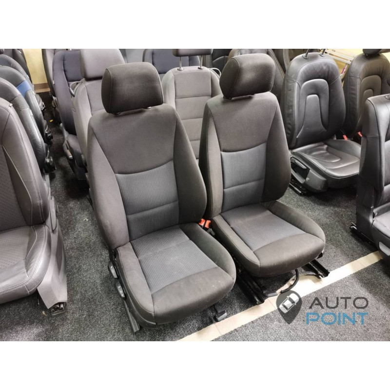BMW1 E80 - передние сиденья