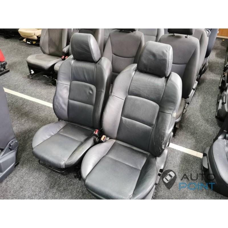 Mazda 6 - передние сиденья