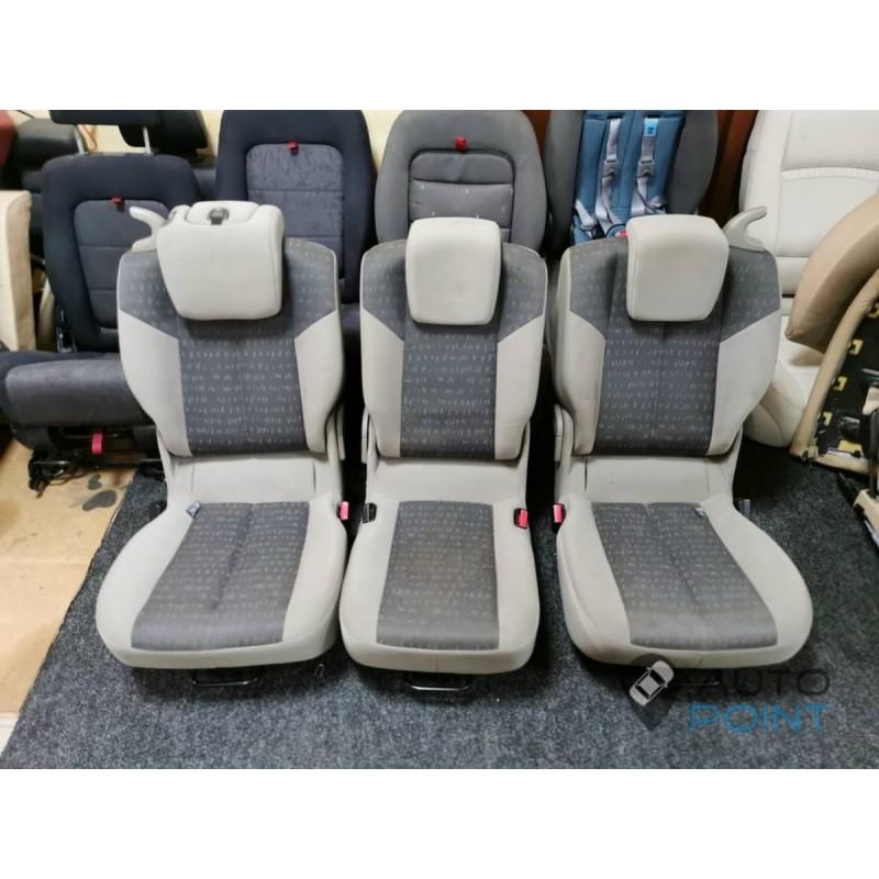 Renault Scenic - диван-троечка