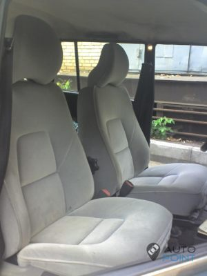 VAZ_2104_with_seats_from_Volvo_S60_d01