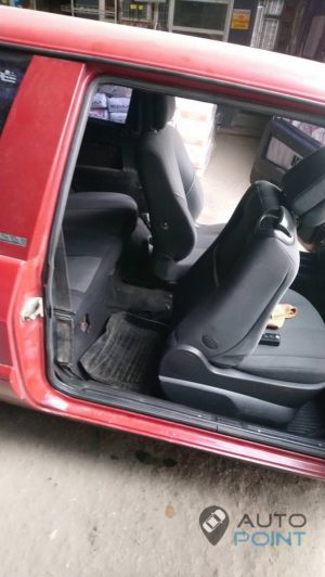 VAZ_2108_with_seats_Renault_Megane_d04