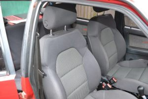VAZ_2109_with_seats_from_Audi_A3_d02