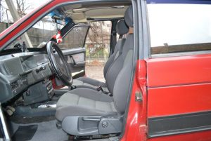 VAZ_2109_with_seats_from_Audi_A3_d04