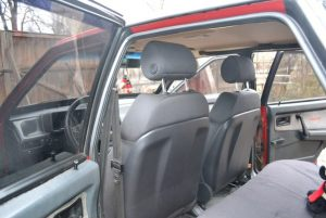 VAZ_2109_with_seats_from_Audi_A3_d06
