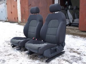 VAZ_2109_with_seats_from_Audi_A3_d07