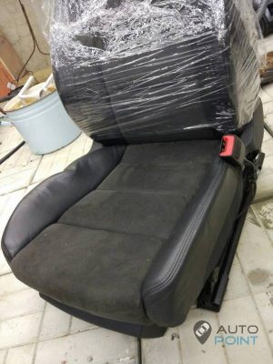 Mercedes_Vito_with_seats_Audi_A6_d03