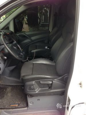 Mercedes_Vito_with_seats_Audi_Q5_d02