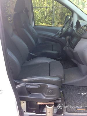 Mercedes_Vito_with_seats_Audi_Q5_d07