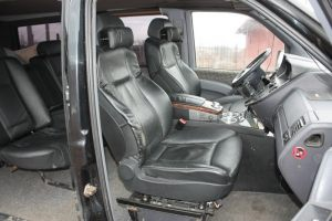 Mercedes_Vito_with_seats_BMW_E65_d02