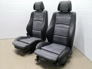 Mercedes_Vito_with_seats_BMW_E80_d03