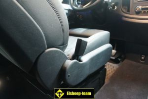 Mercedes_Vito_with_seats_BMW_F01_d08