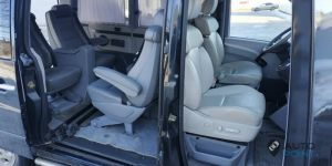 seats_Lexus_GS_for_Mercedes_Vito_d02