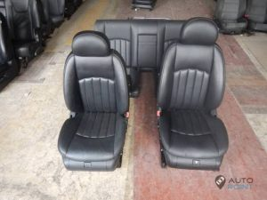 Mercedes_Vito_with_seats_Mercedes_CLS_d08