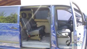 Mercedes_Vito_with_seats_Mercedes_R_class_d01