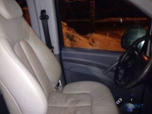 Mercedes_Vito_with_seats_Mercedes_W215_CL600_d01