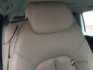 Mercedes_Vito_with_seats_Mercedes_W215_CL600_d02