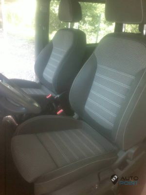 Mercedes_Vito_with_seats_Opel_Insignia_d03