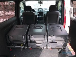 Mercedes_Vito_with_seats_Renault_Espace_d07
