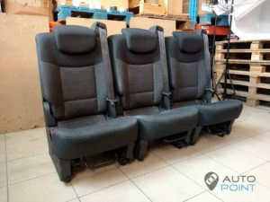 Mercedes_Vito_with_seats_Renault_Espace_d09