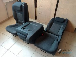 Mercedes_Vito_with_seats_Renault_Espace_d10