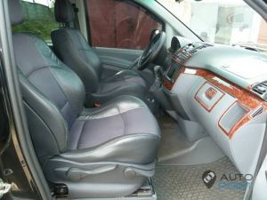 Mercedes_Vito_with_seats_Renault_Laguna_d02