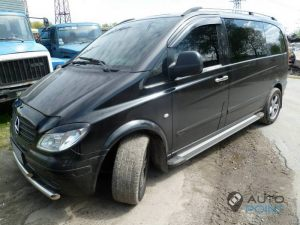 Mercedes_Vito_with_seats_Renault_Laguna_d03