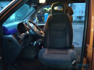 Mercedes_Vito_with_seats_VW_Sharan_2_d06