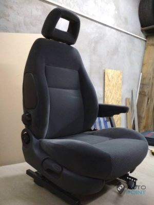 Mercedes_Vito_with_seats_VW_Sharan_2_d17