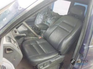 Mercedes_Vito_with_seats_Volvo_d02