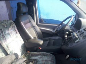 Mercedes_Vito_with_seats_Volvo_d04