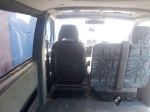 Mercedes_Vito_with_seats_Volvo_d08