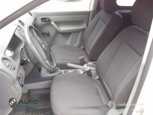 seats_Hyundai_Santa_Fe_for_Volkswagen_Caddy_d01