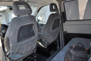Transporter_T5-seats_VW_Sharan_front_d02