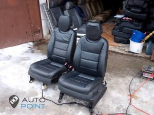 Seats_Porsche_Cayenne-Ford_Mondeo_d01
