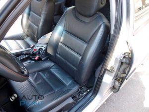 Seats_Porsche_Cayenne-Ford_Mondeo_d03