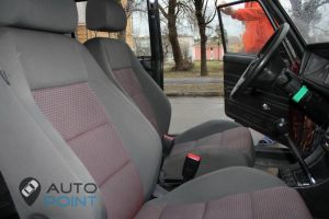 Seats_VW_Golf-2104_d03