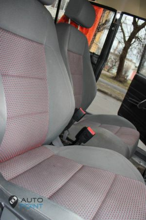 Seats_VW_Golf-2104_d05