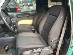 Seats_VW_Jetta-Toyota_Rav-4_d01