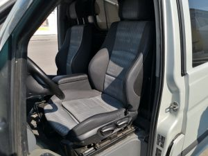 Seats_BMW1_E80-Mercedes_Vito_d02