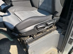 Seats_BMW1_E80-Mercedes_Vito_d04