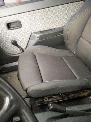 Seats_BMW1_E81-Zaz_Tavria_d03