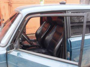 Seats_BMW5_E34-2107-01_d07