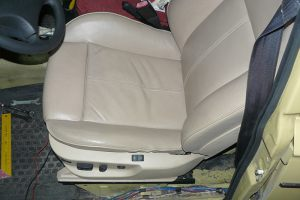 Seats_BMW7_E38-2103_d01