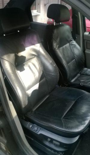 Seats_BMW7_E38-Renault_Logan_d02