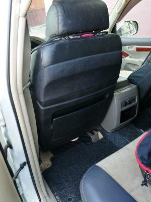 Seats_BMW7_E38-Toyota_Land_Cruiser_d06