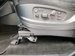 Seats_BMW_X5_E70-Mitsubishi_Pajero_d03