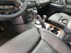 Seats_BMW_X5_E70-Mitsubishi_Pajero_d05