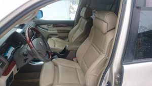 Seats_BMW_X5_E70-Toyota_Land_Cruiser_d01